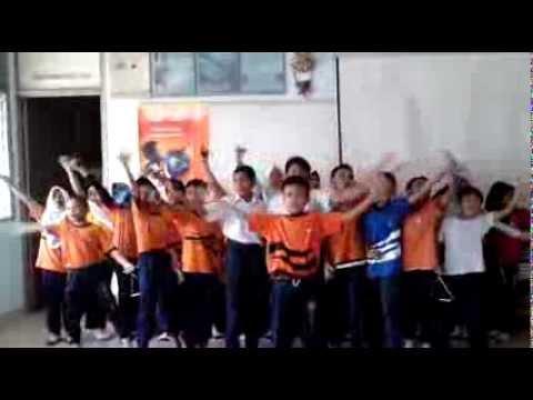 Sk Ttdi Jaya - English Jazz Chant beautiful Colours video