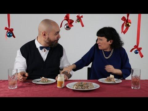 Итальянцы пробуют русские новогодние блюда.