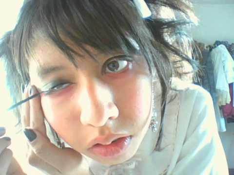 Easy guro-lolita Make up tutorial