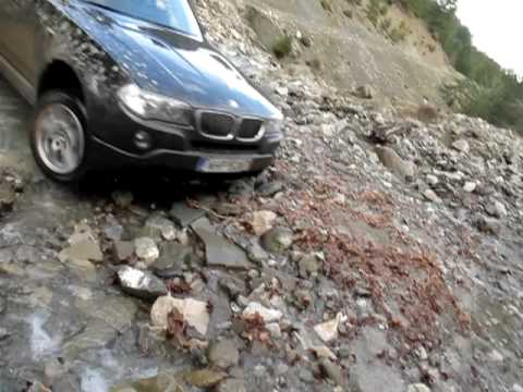 BMW X3 offroad pass.MOV