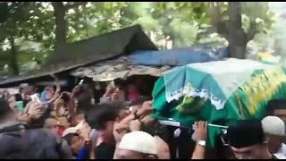 Merinding  Ada Keanehan Saat Jenazah Jupe Tiba Di Pemakaman Pondok Ranggon