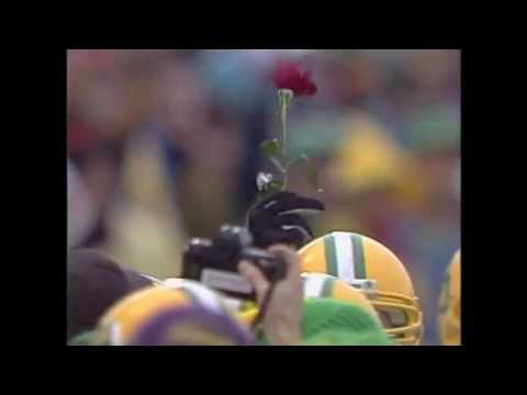 This is my compilation of what I feel are some of the greatest and most incredible plays and moments in Oregon Ducks history. I should preface this by saying that I've only been following Oregon...