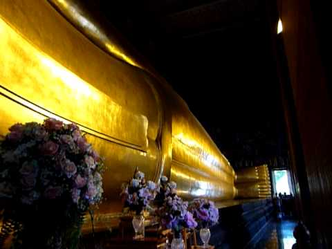 Bangkok temple and the reclining buddha