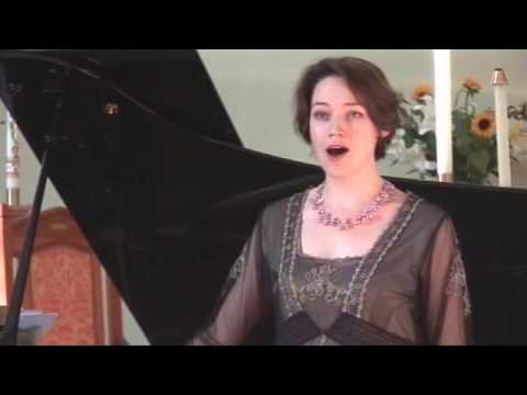 Patricia Hammond, mezzo-soprano, Michael Brough, piano. Buy it on CD! (will ship anywhere!) http://patriciahammond.bigcartel.com/product/our-lovely-day Love's Old Sweet Song; music by James...