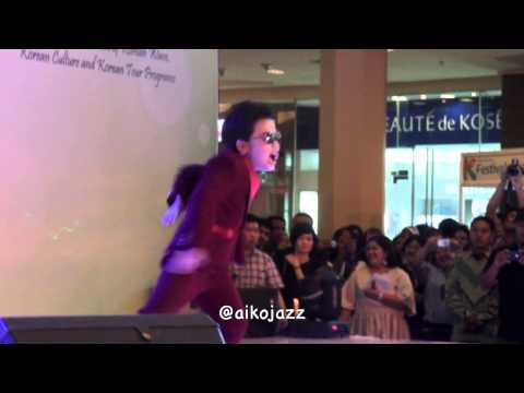 130421 Little PSY performing Gentleman Taman Anggrek