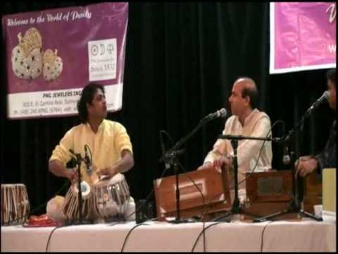 Amjad Ali Kawa Playing Tabla With Legendary Suresh Wadikhar- Surmai Shaam Is Tarah video