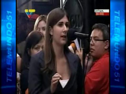 CHAVEZ SE MOLESTA ANTE PREGUNTA DE PERIODISTA DE TELEVEN