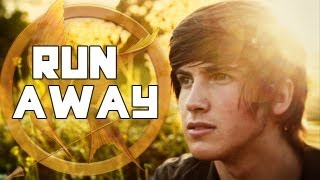 "HUNGER GAMES MUSIC VIDEO! ""Run Away"" - The Tributes!"