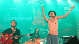 download lagu Fourtwnty - Fana Merah Jambu Gunadarma Festival gratis