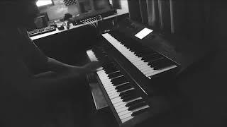 download musica Cande Bach - La casa de papel cover