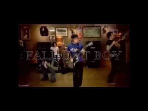 Fall Out Boy - Champagne For My Real Friends Real Payne For My Sham Friends
