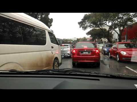 Driver Bodoh: Fikirlah sebelum Potong queue