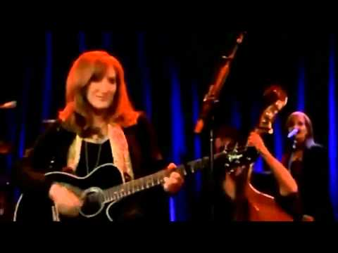 Bruce Springsteen featuring Patti Scialfa - If I Should I fall behind live in Dublin