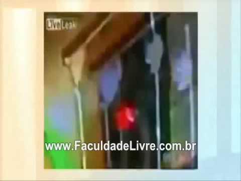 Michael Jackson está vivo Corpo se mexe dentro do helicóptero ok