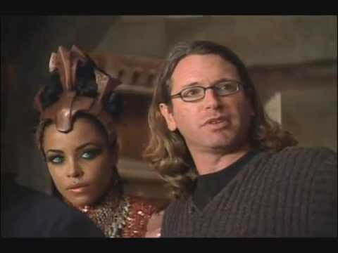 Aaliyah On The Set Of 'queen Of The Damned' video