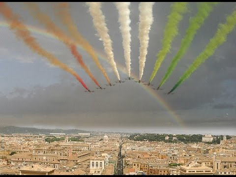 Renzi Napolitano e Frecce Tricolori - 4 Novembre Altare della Patria