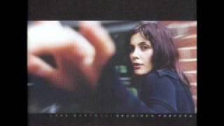 Watch Lara Martelli Nebulosa video