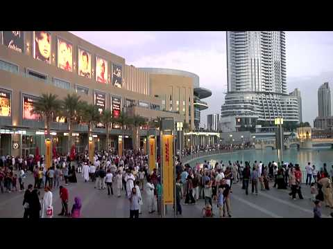 The Dubai Mall & The Dubai Fountain video