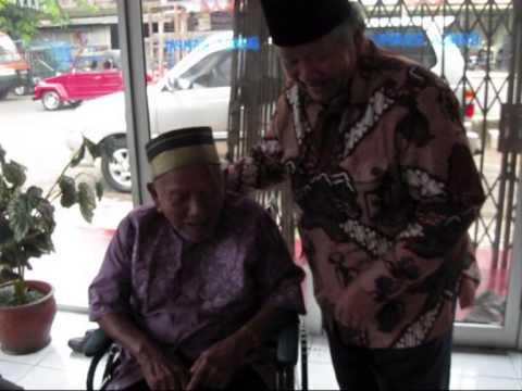 Bunga Rampai TiVi 712 video datangnya Bapak Letkol Purn Haji...