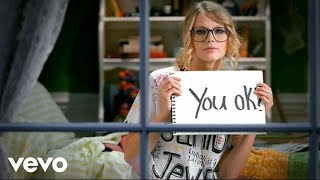 Watch Taylor Swift You Belong With Me video