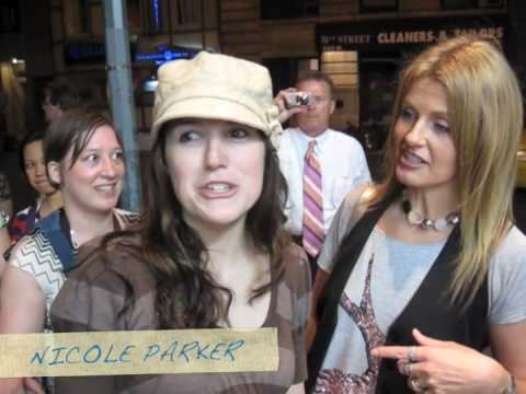 WICKED BROADWAY-AMAZING STAGE DOOR VIDEO Video