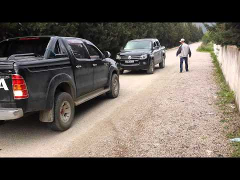 VW AMAROK VS TOYOTA HILUX &allagui 2 Music Videos