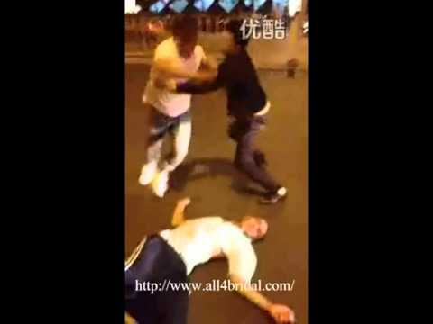 A Drunk Foreigner Want To Rape A Chinese Girl But Was Beaten By Chinese Men In Beijing video