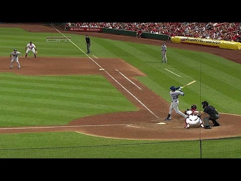 LAD@STL: Adrian ropes a go-ahead single in the ninth