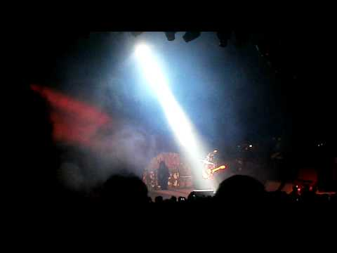 Mötley Crüe - Mick Mars Solo/Looks That Kill