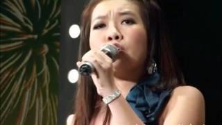 Te nan - Con hát dở, mẹ lên cướp mic mắng ban giám khảo