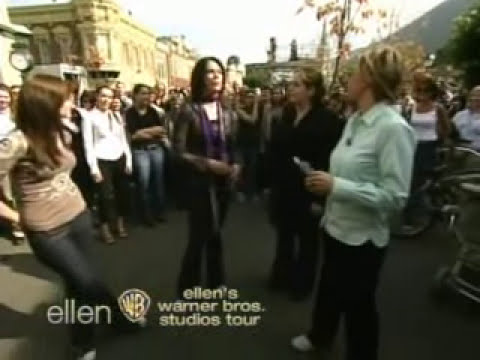 Gilmore Girls on The Ellen Degeneres Show 03rd November 2005