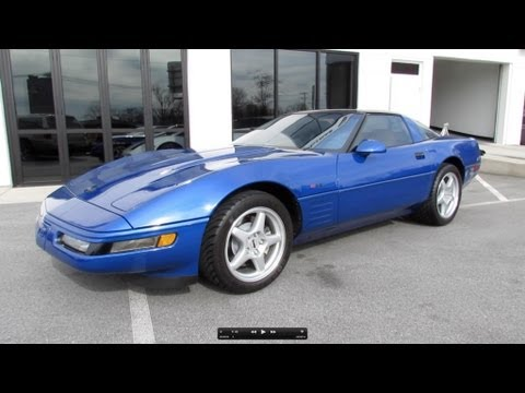 1994 Chevrolet Corvette ZR-1 Start Up. Exhaust. and In Depth Review