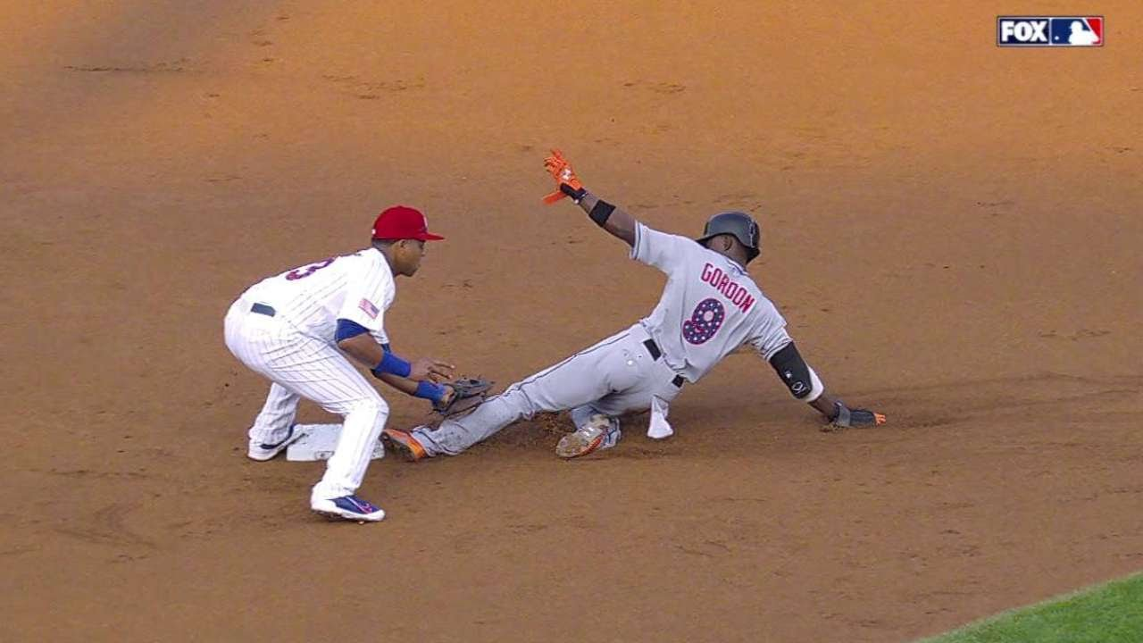 MIA@CHC: Gordon ruled safe on steal after review
