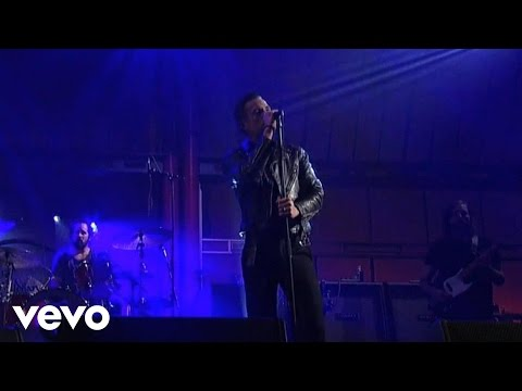 The Killers - Miss Atomic Bomb (Live @ Letterman, 2012)