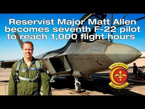 F-22 Pilot reaches 1000 hours