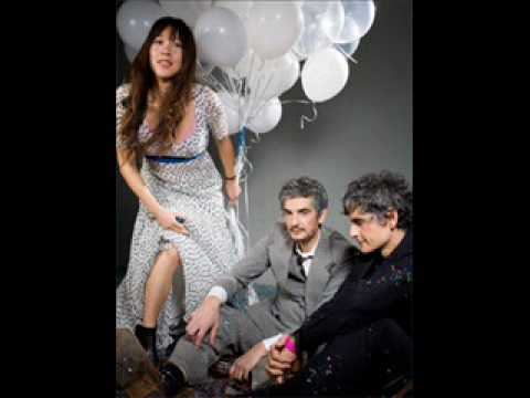 Blonde Redhead - Pier Paolo