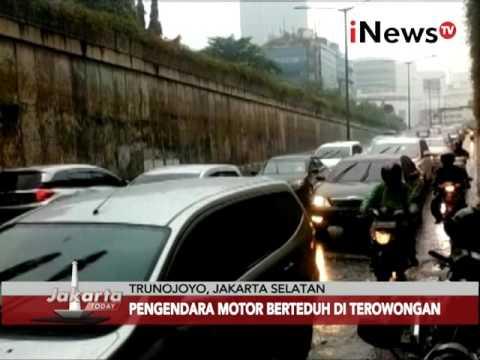 Tumpukan motor akibatkan kemacetan - Jakarta Today 11/02
