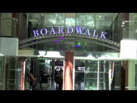 Oasis of the Seas Cruise Ship Tour : Onboard inside the Royal Promenade and Boardwalk area
