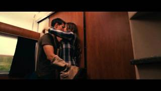 Abduction - Abduction Kiss Scene (Taylor Lautner & Lily Collins)