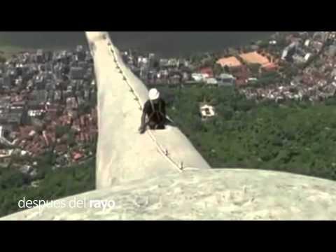 IMPACTOS DE RAYOS: Monumento Cristo redentor Brasil - 2014