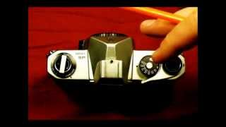 Introduction to the Pentax Spotmatic SP and SP 1000, Video 1 of 2