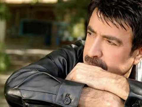Ahmet SeLçuk İlhan - İkimiz Yaralı Askeriz