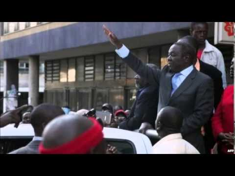 Zimbabwe MDC MPs expelled from parliament over split