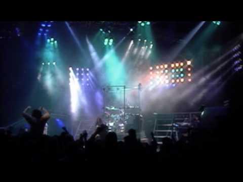 Triumph – Magic Power (Video)