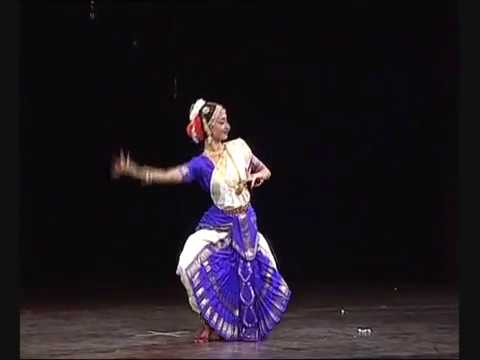 Indian Classical Dance Bharatanatyam Rangapravesha Arangetram Rashmi Ravishankar Video1