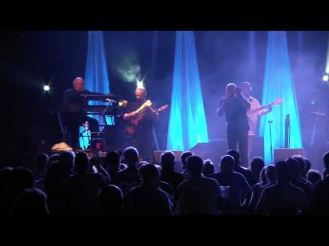 Daryl Stuermer / Genesis Rewired - Turn It On Again (Live West Chicago 2010) HD