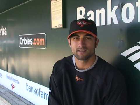 Orioles right fielder Nick Markakis talks with Baltimore Sun reporter Jeff Zrebiec Video