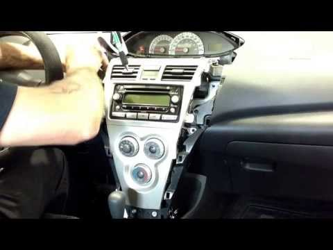 07 Toyota Yaris sedan radio removal