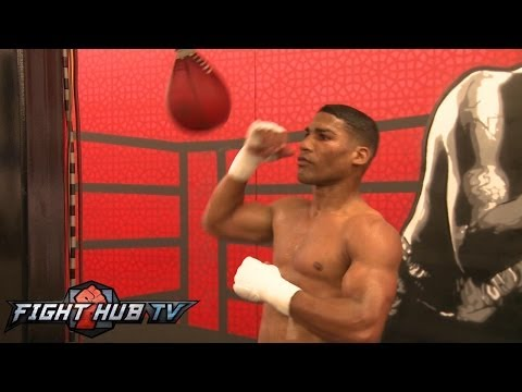 Crawford vs. Gamboa: Gamboa mitt and speed bag workout video Image 1
