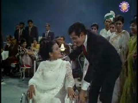 Aane Se Uske - Tanuja & Jeetendra - Jeene Ki Raah - Bollywood Classic Songs video